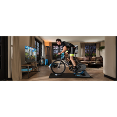 Tacx Neo 2 Smart trainer + Zwift membership card subscription 2019